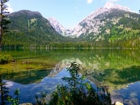 Mountain_Lake_P1110010